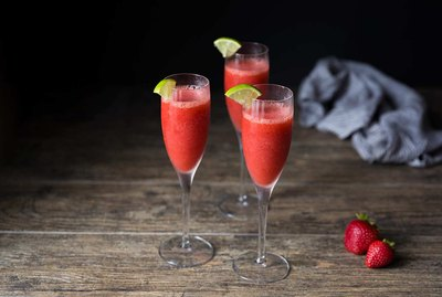 Recipe for Strawberry Daiquiri Cocktail | eHow