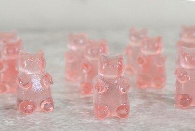 Sparkling rosé gummy bears