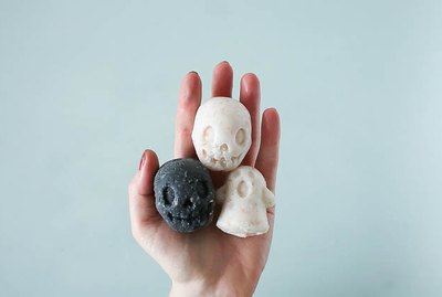 DIY Creepy Bath Bombs Tutorial