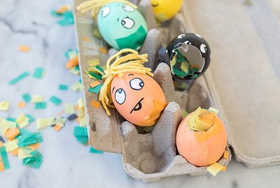 Get kids into the Halloween spirit by helping them make these fun and safe Halloween crafts.