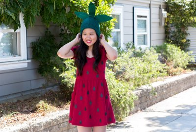 No-sew strawberry costume