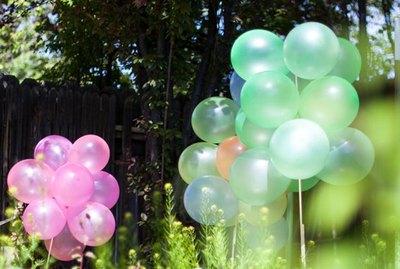 Balloon stakes.