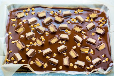 Easy Chocolate Peanut Butter Bark Recipe