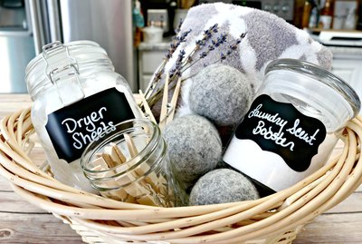 4 Easy Ways to Deodorize Laundry