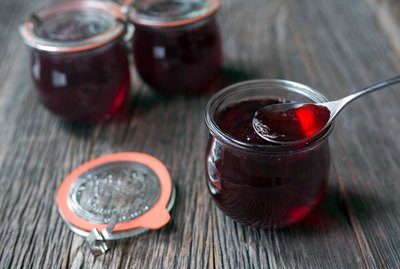 Pomegranate Champagne Jelly Recipe