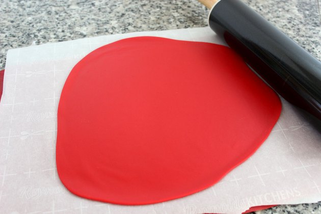 red fondant