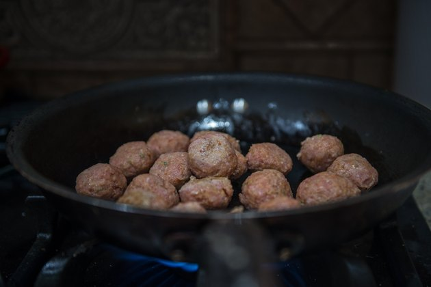 Light Sriracha Turkey Meatballs Recipe