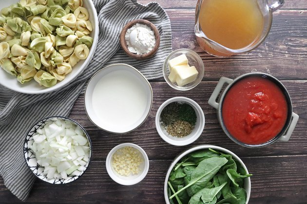 Ingredients for one-pot creamy tortellini soup