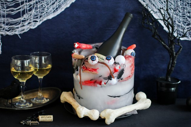 Halloween creepy ice bucket