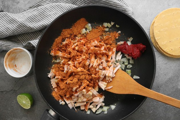 Mix jackfruit with taco seasoning