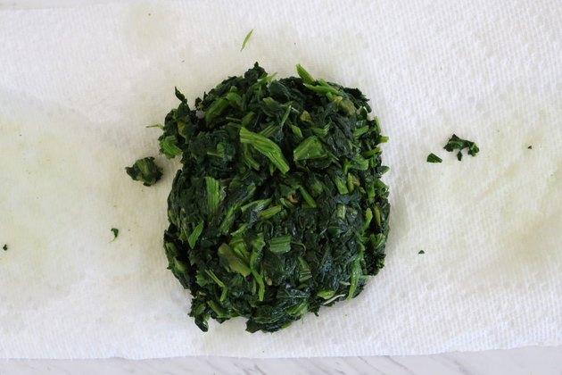 Squeeze frozen spinach