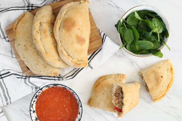 Vegan mini calzones