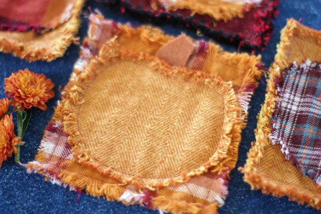 Decorating for fall can be as easy as adding a few of these DIY quilted coasters to your tables.