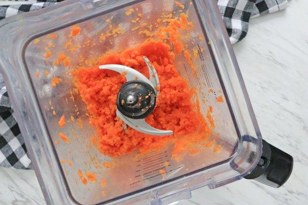 Blend boiled carrots