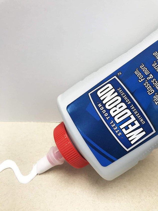 Weldbond extra strength multipurpose glue