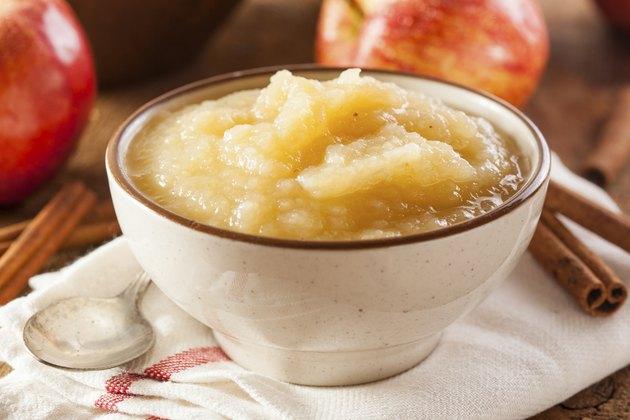Healthy Organic Applesauce with Cinnamon