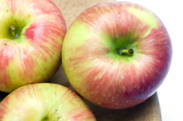 honeycrisp variety of apple