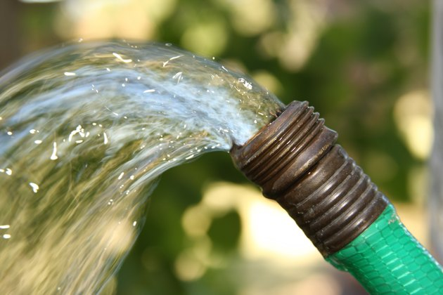 Water hose spray
