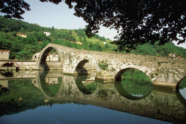 Bridge over a river, Ponte della Maddalena, Bagni di Lucca, Tuscany, Italy