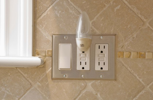 Electrical outlets with nightlight