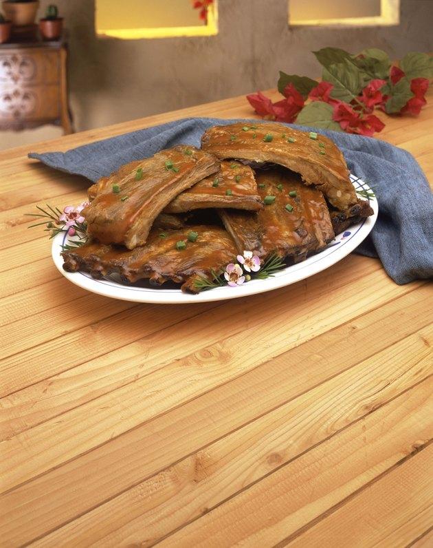 Platter of bbq ribs
