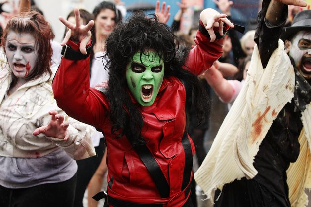 "Zombies Perform Thriller Dance At ""Thrill The World 2010"" In Sydney"