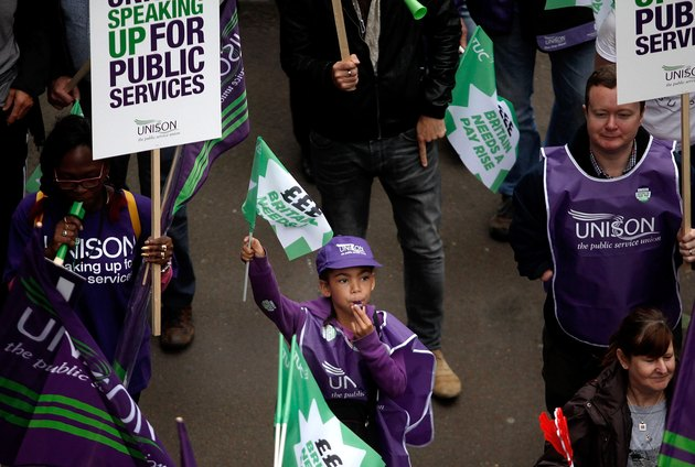 TUC Demonstrate For 'Britain Needs a Pay Rise'