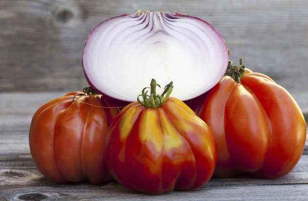 Coeur de Boeuf Tomatoes