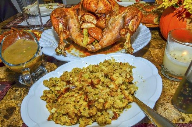 table set up before thanksgiving dinner