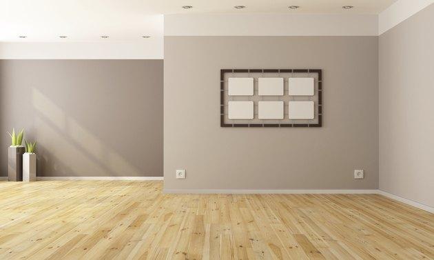 Minimalist empty interior