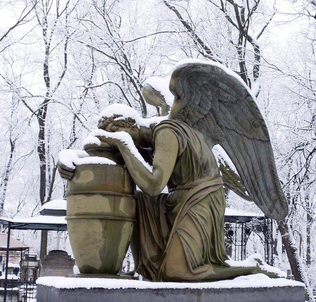 Weeping Angel in winter