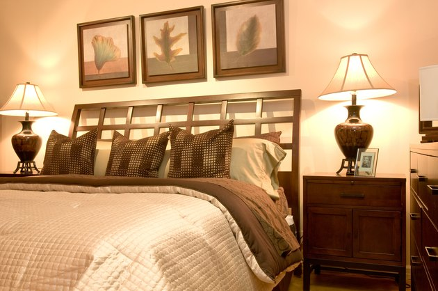 Bedroom with contemporary decor