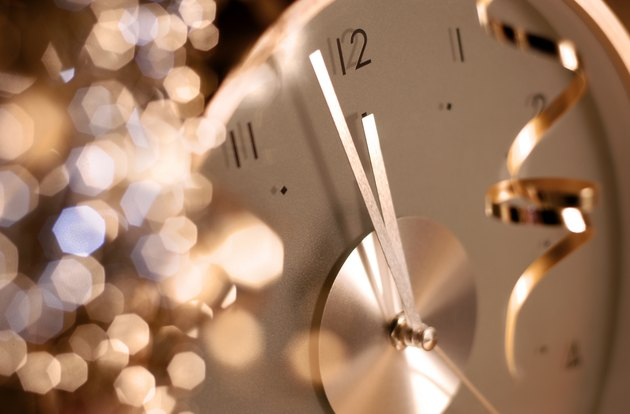 clock on new year's eve