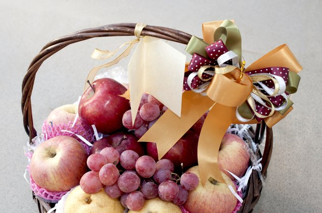 holiday fruit basket