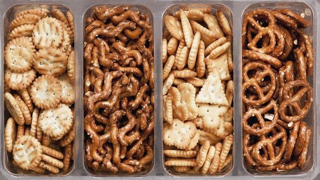Crackers mix
