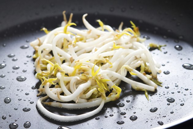 stir fry bean sprout