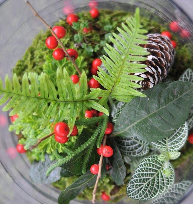 Woodland berry bowl