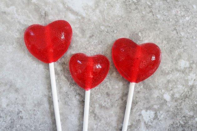 Finished cinnamon heart lollipops