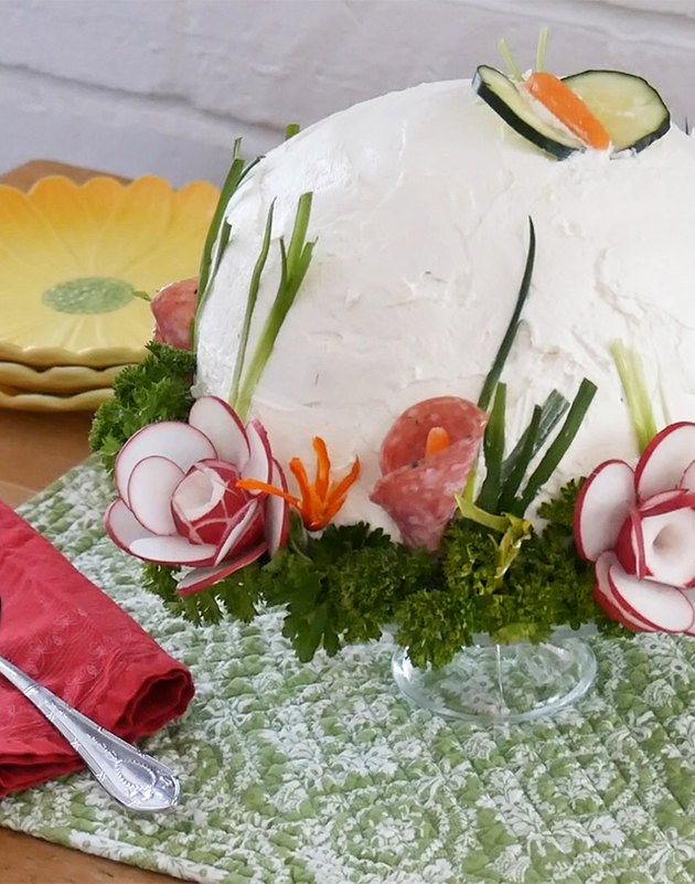 close view of finished sandwich  cake