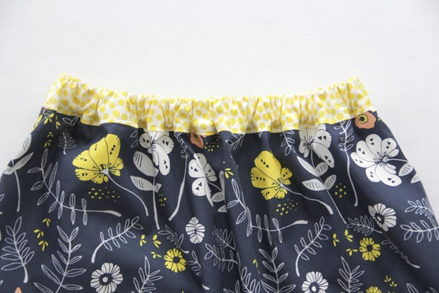 Sew an easy elastic waistband onto any skirt
