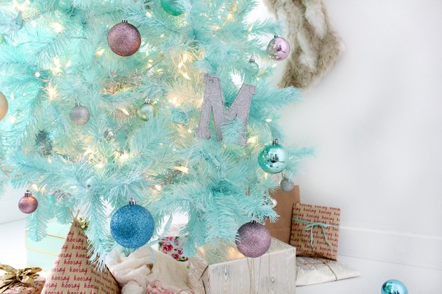 How to Create a Modern Christmas Tree Using Spray Paint