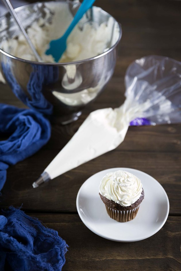 Italian Meringue Buttercream Recipe Tutorial | eHow