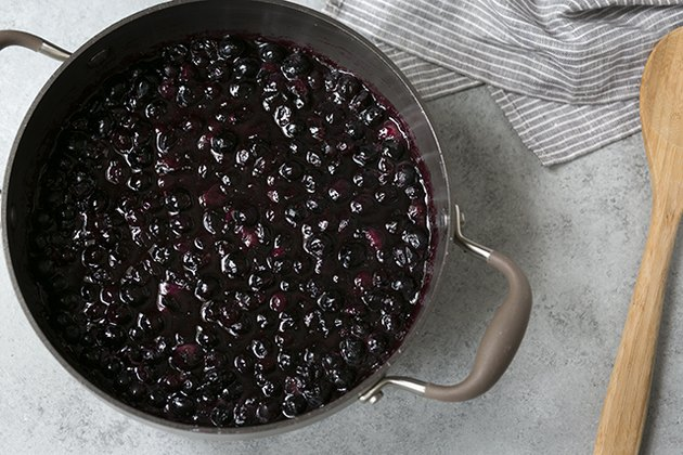 How to Make Homemade Blueberry Pie Filling | eHow