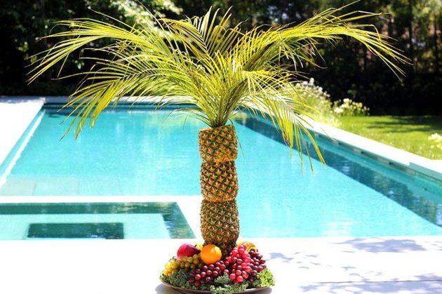 Pineapple Palm Tree Serving Display