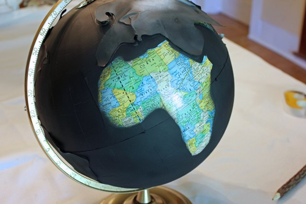 Remove the templates from the globe.