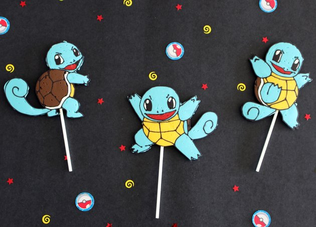Squirtle lollipops