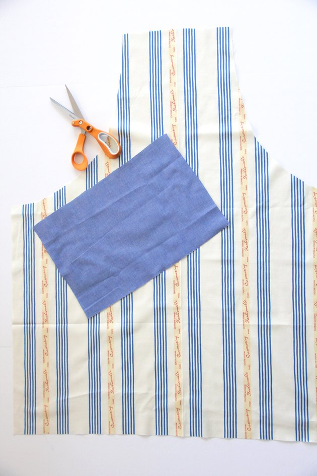 How to cut out the apron sewing pattern
