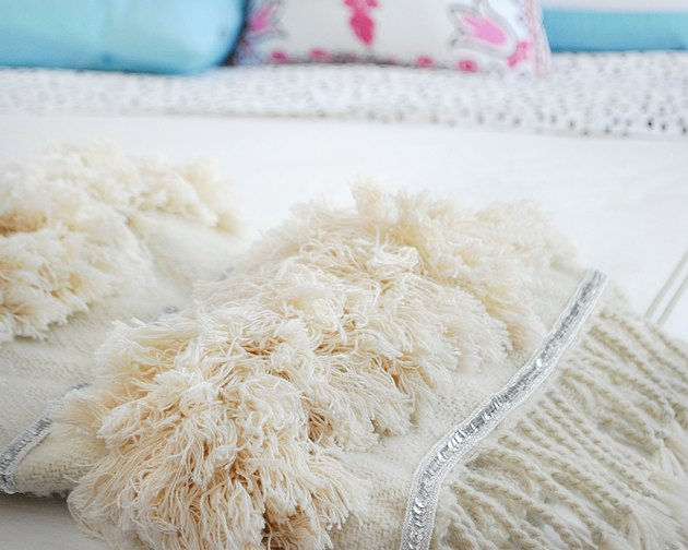 DIY Moroccan wedding blanket