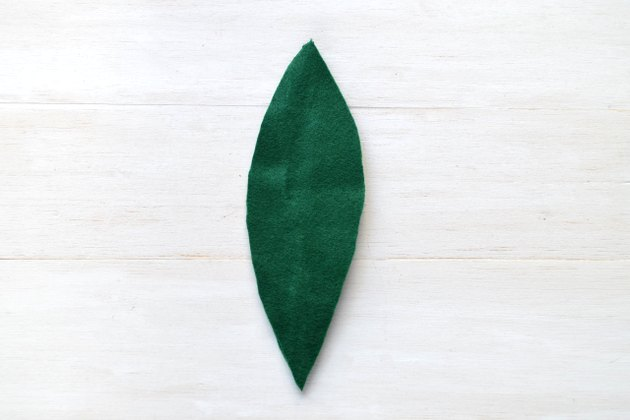 Cut the left side to complete the leaf