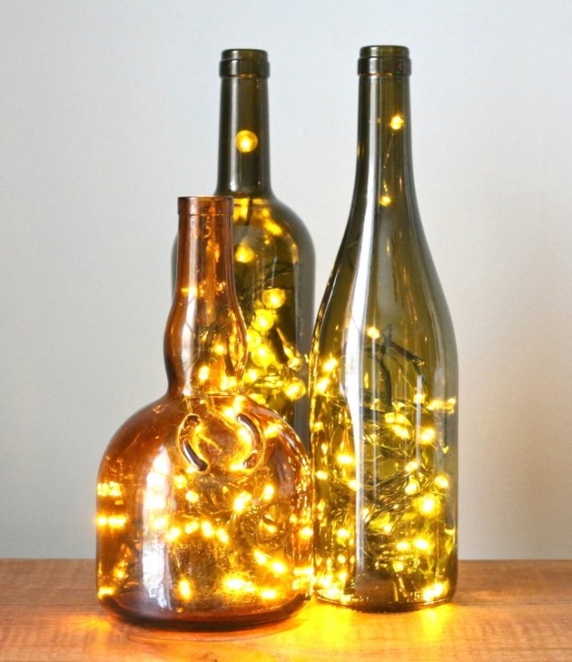 Illuminated wine bottle lights